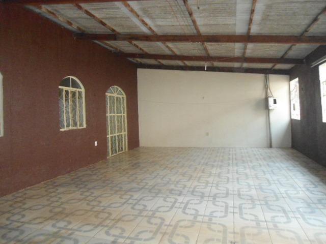 Residência no Bairro Industrial próximo Hospital de Base - 165.000,00