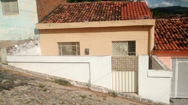 Vende-se uma casa no bairro primavera Guarabira PB