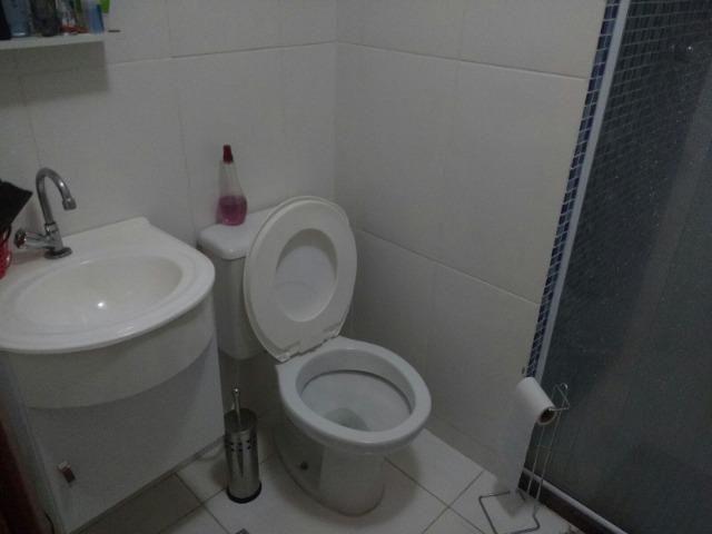 Excelente apartamento, todo em porcelanato, acabamento de primeira qualidade - Foto 13