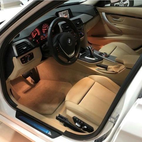 BMW 320 Sport GP 15 com Teto