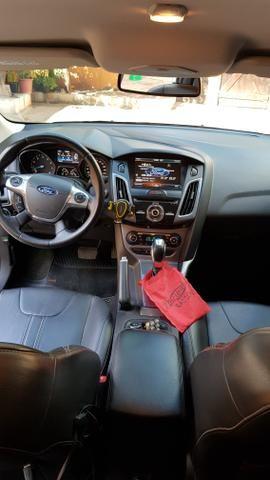 Só Venda.Ford Focus Titanium c/GNV 6° geração. Docs OK. R$43.500 - Foto 7