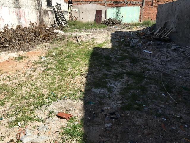 Alugo terreno grande de 350 metros no centro de Lauro de Freitas - Foto 3