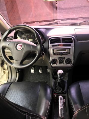 Fiat Punto Attractive Itália 1.4 Flex - Foto 13