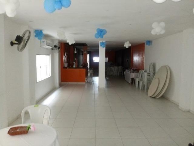 Vende-se ou Aluga-se Porteira fechada prédio dois andares, prox. a Almirante Barroso - Foto 5