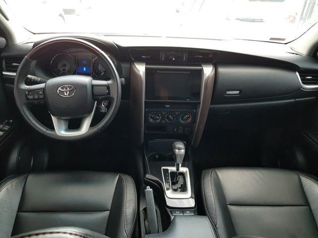 Toyota sw4 16/17 flex cambio aut com 44.897 km rodados - Foto 4
