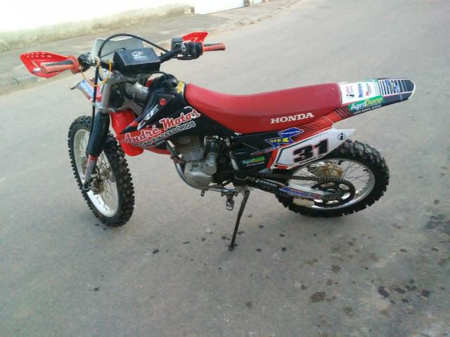 Vendo ou troco crf 230