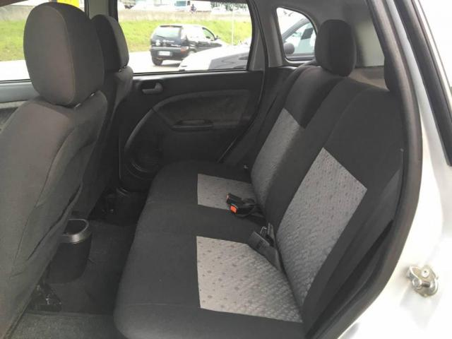 Ford Fiesta 1.6 FLEX - Foto 9