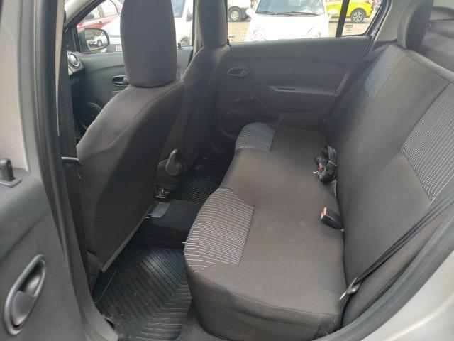 Renault Logan - Foto 11