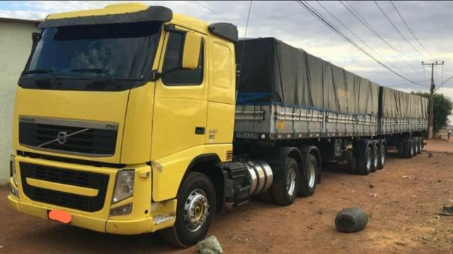 Volvo Fh 440 6x4 i-shift 2009/2010 Rodotrem Guerra 2010/2010 com pneus - Foto 4