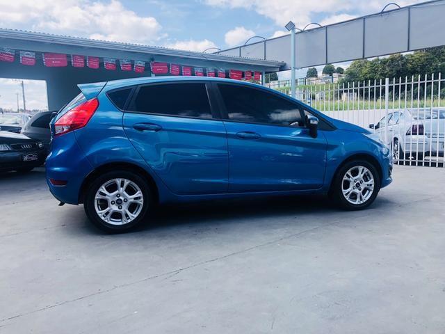 New Fiesta hatch se 1.5 completo - Foto 5
