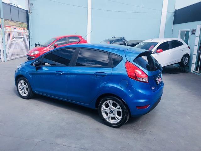 New Fiesta hatch se 1.5 completo - Foto 4