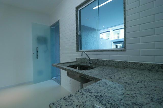 Imobiliária Nova Aliança! Vende Duplex Alto Padrão com Entrada para 2 Rua em Muriqui - Foto 7