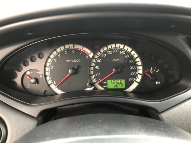 Ford Focus Hatch GLX 2.0 em excelente estado, segundo dono - Foto 8
