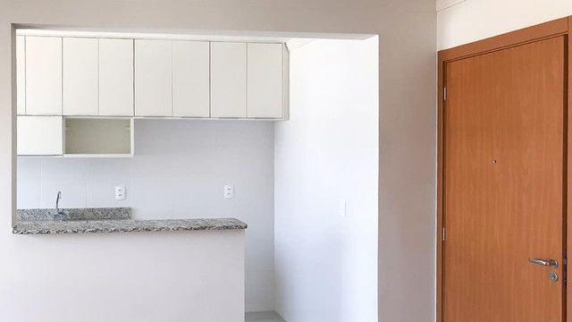 Apartamento - 2 Quartos c/ Sacada e Churrasqueira - Foto 3