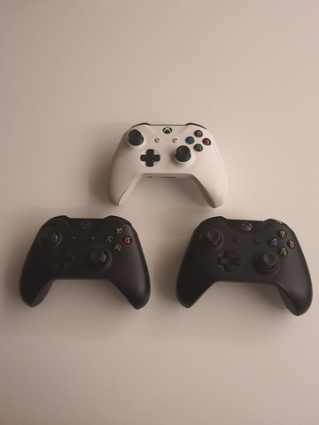 XBox One 500gb + 18 jogos + 3 controles - Foto 4