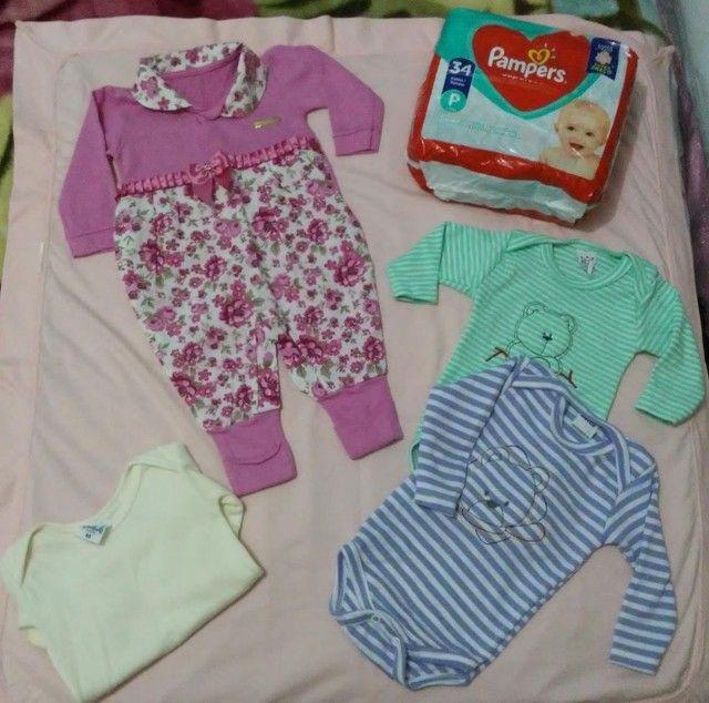 Roupinhas e fralda para bebê RN/P  - Foto 5