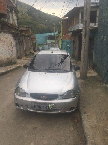 Corsa Sedan GNV 16m 1.0 8v Documentado aceito cartão  - Foto 3