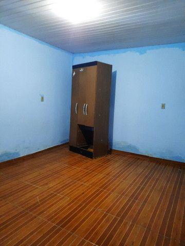 Novo Aleixo casa com 4 quartos mais 1kitnete terreno 8x20 murado.  - Foto 3