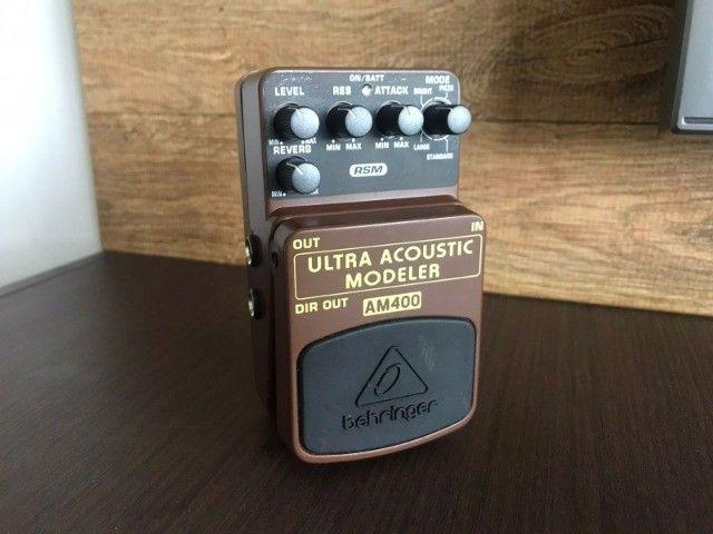 Pedal Ultra Acoustic AM400 Behringer (Simulador Acústico)
