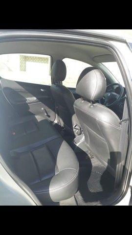 Peugeot 207 ano 2011 - Foto 19