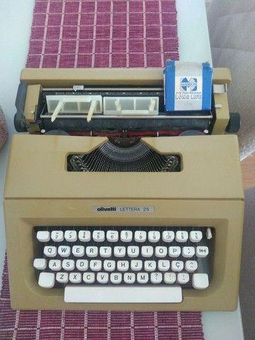 Máquina de escrever Olivetti LETTERA 25 - Foto 2