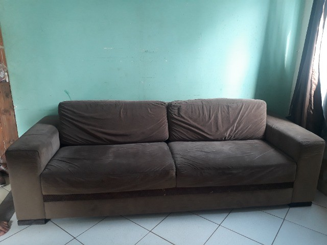 Vendo sofá de 2,40 m - Foto 2