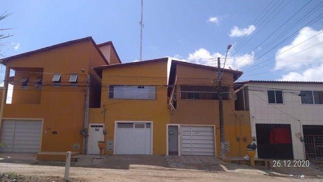 Alugo casa pra moradia fixa, duas disponiveis na iparana proximo ao sesc