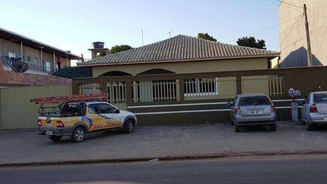 Alugua ou vende - se uma CASA NA AVENIDA ARACAJU excelente ponto residencial ou comercial