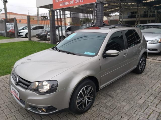 Volkswagen - Golf 1.6 Sportline