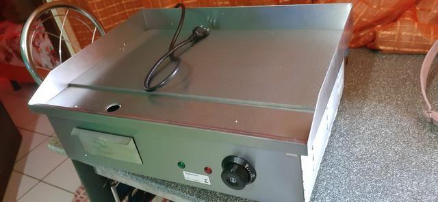 Vendo uma chapa de churrasco eletrica nunca usada - Foto 3