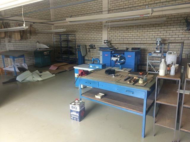 Maquinários e acessórios para empresa de bolsas e calçado - Foto 3
