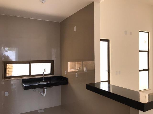 Casa Plana no Eusébio, 3 quartos, suítes, churrasqueira, excelente localização! - Foto 6