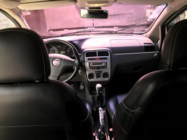Fiat Punto Attractive Itália 1.4 Flex - Foto 15