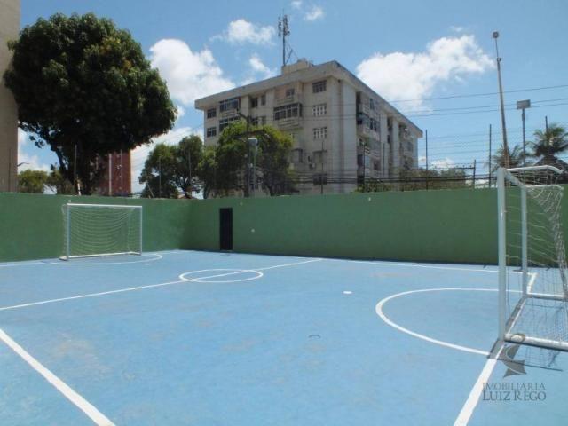 AP526 - Apartamento com 3 dormitórios para alugar, 100 m² por R$ 1.000/mês - Benfica - For - Foto 20