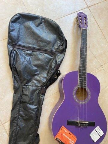 Violão GIannini roxo + afinador + capa protetora + suporte para chão