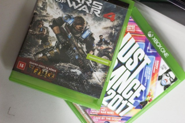 Xbox One 1TB completo com Kinect + 2 Controles + 2 Jogos - Foto 5