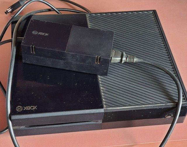 XBox One 500gb + 18 jogos + 3 controles - Foto 5