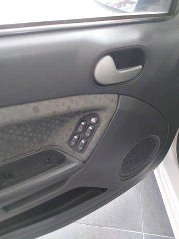 Ford Fiesta Rocan 1.6 8V 2013 branco - Foto 10