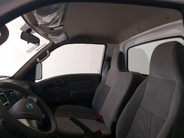 Hyundai HR Com Baú - Foto 16