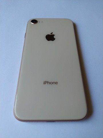 iPhone 8 gold 64gb - Foto 3