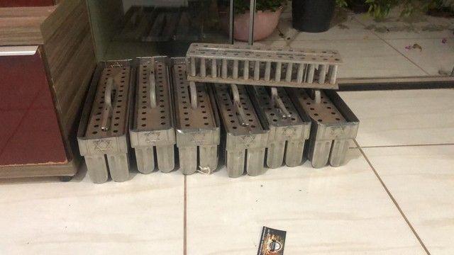6 Formas pra picolé ,1cremadeira 1liquidificador industrial   - Foto 4
