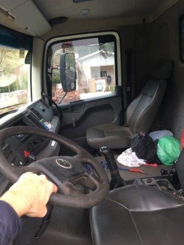 Caminhão caçamba Volkswagen 31280 - Foto 12