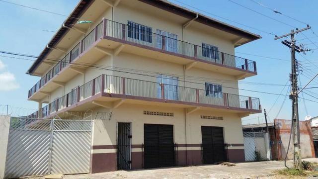 Prédio comercial e residencial em santana com 8 quartos