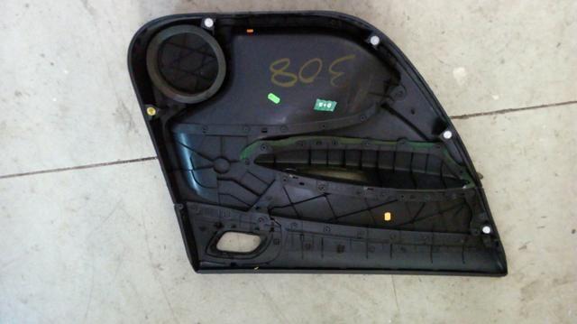 Forro traseiro direito Peugeot 308 - Foto 2