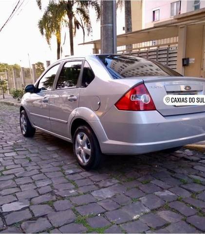 Barbada !! Fiesta Sedan 1.6 com entrada de apenas 5,200 - Foto 3
