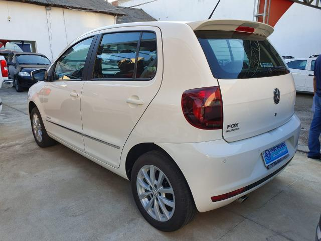 VW Fox Highline 1.6 - 2014 - Foto 9