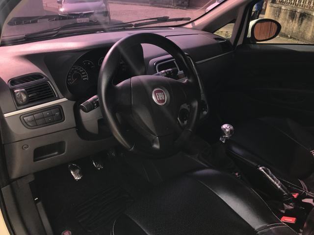 Fiat Punto Attractive Itália 1.4 Flex - Foto 14
