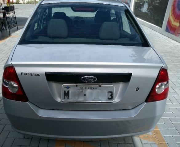 "Fiesta Sedan 1.0 Class Completo Impecável BX Km ""Impecável"" - Foto 14"