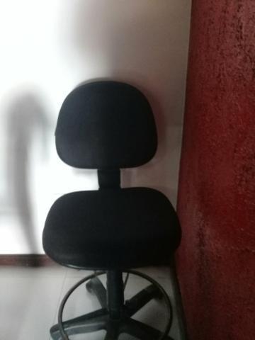 Cadeira giratória p balcão - Foto 2