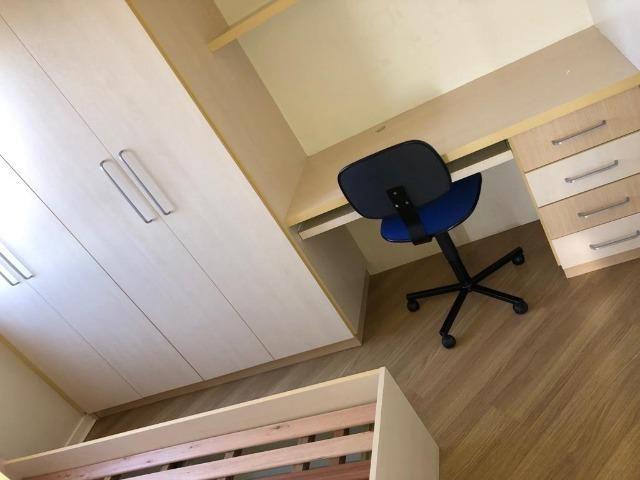 Apartamento 3 dormitórios mobiliada no Cabral - Foto 9